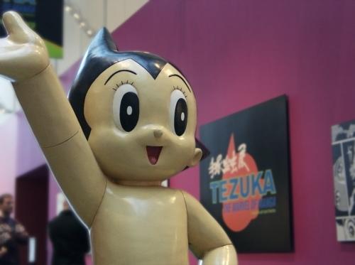 Astroy Boy promotes Tezuka