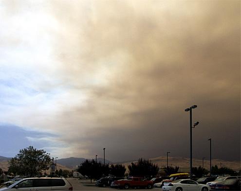 Smoke over Petro 1
